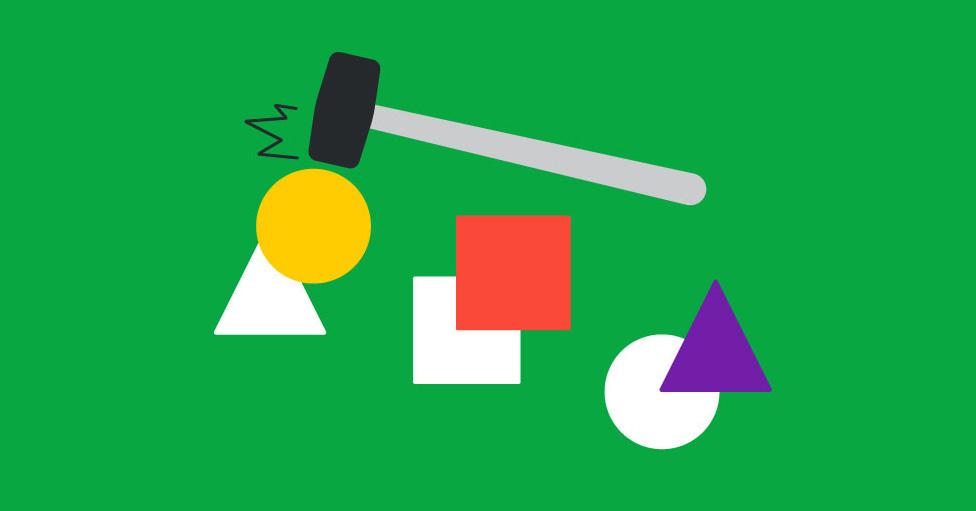 un martillo forzando un círculo de color amarillo dentro de un triángulo